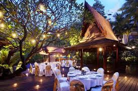 Nhà ăn ngoài trời của khu nghỉ dưỡng Pattaya Marriott