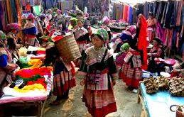 Chợ Bắc Hà nổi tiếng nhất ở Sapa