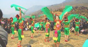 Những điệu múa uyển chuyển trong lễ hội Roóng Poọc