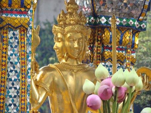 Tượng phật 4 mặt ở Thái Lan