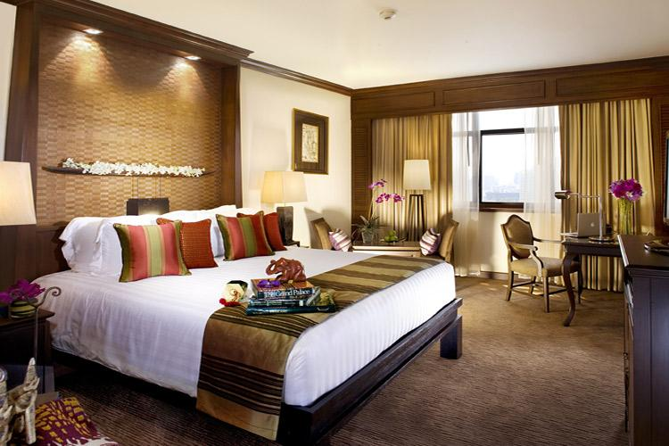 Phòng khách sạn được trang trí đẹp, trang nhã theo kiến trúc hiện đại