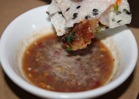 Ngon hấp dẫn bánh đập Nha Trang