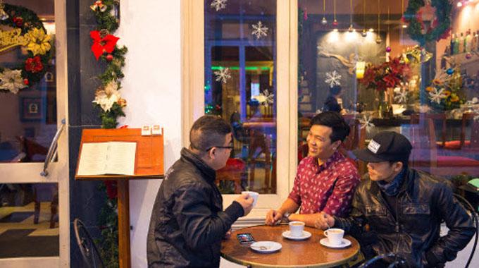 Nét văn hóa cà phê người Hà Nội